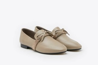 8998-5 Grey Bow Detailed Round Toe Leather Loafers