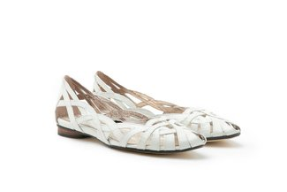 JS51-28 White Classic Leather Weaved Flats